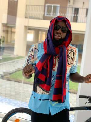 I Want My Music To Make People Smile – Singer 6 Kiss