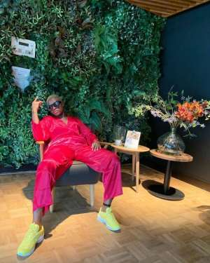 Medikal and Fella Makafui Commence Europe Tour Starting from Amsterdam