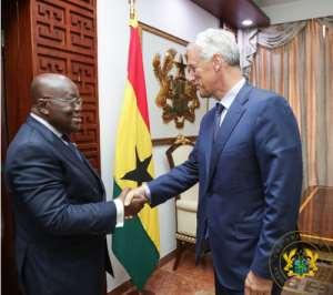 Standard Chartered Bank Group Chief Visits Ghana