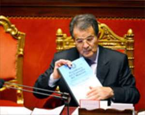 Italy's Prodi wins confidence vote