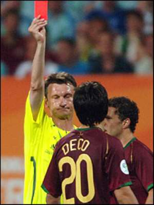 Deco was one of four players sent off by referee Valentin Ivanov
