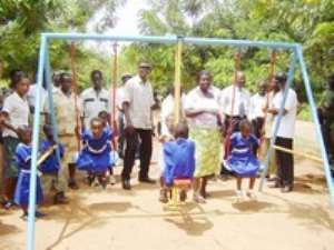 Rotary Club Donates To Adamrobe School