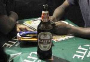 Castle lager maker SABMIller has announced higher first half profits.  By STEPHANE DE SAKUTIN (AFP/File)