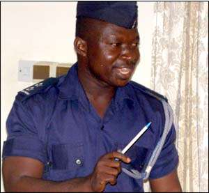 Policeman Challenges EC Officers