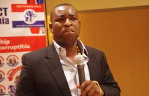 Re: You Are A Corrupt Thief Just Like Your Father-Wontumi Punches Mahama