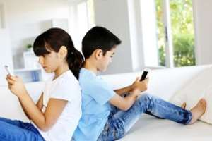 How to Keep Your Kids From Becoming Addicted to Technology