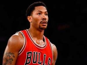 The Chicago Bulls' Derrick Rose calms injury fears