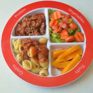 Give children nutritious meals - Dietician
