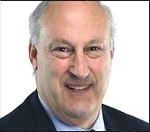 Lloyds Bank Chairman To Step Down