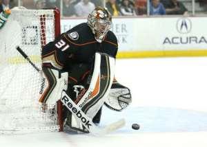 Duo lead Anaheim Ducks to victory, Oilers stun Capitals