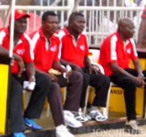 Hearts unhappy with coach and keeper Quartey