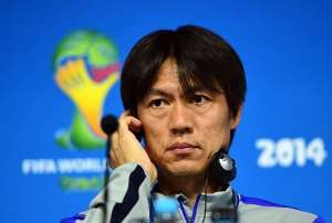 Hong Myung-Bo: South Korea to fight for place at FIFA World Cup