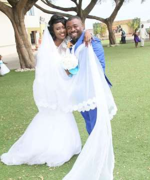 Famous finds a rock; ties the knot