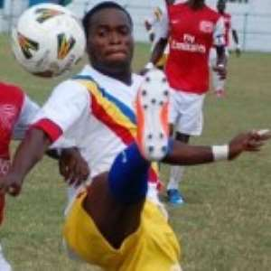 Laryea magic lifts Hearts, Arsenal slump
