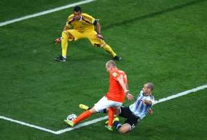 That Tackle!! Javier Mascherano: I tackled doubts to block Arjen Robben