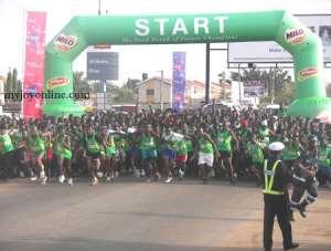 Marathoners of the Accra International Marathon at the starter's gun