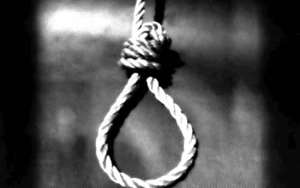 Decomposed body found hanging a Ho
