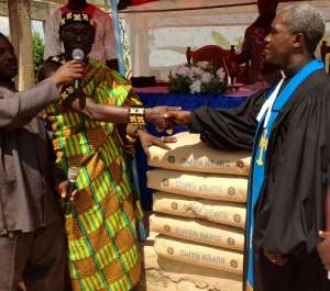 Chief Supports Wiamoase Presby Church