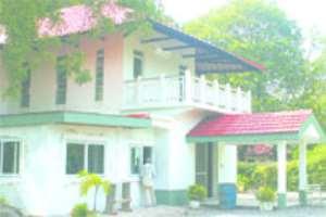 Hackman donates Club House to NPP