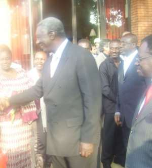 Ghanaians Welcome President Kufuor In Geneva