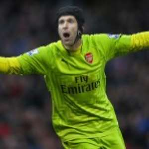 Cech Returns To Chelsea … For His Gloves