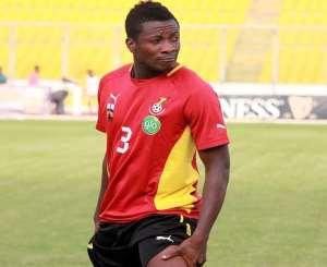 Maxwell Konadu hints injured Asamoah Gyan could pass late fitness test to face Uganda