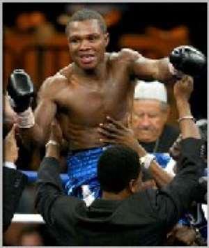 Former WBA welterweight champions, Ike 'Bazooka' Quartey (37-2-1) of Ghana