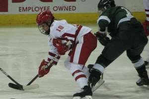 Ice Hockey : Top 10 finalists for the 2013 'Patty Kazmaier'