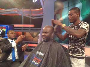 SuperSport pundit Sammy Kuffour loses bet and gets haircut live on TV as Ghana miss out on AFCON trophy