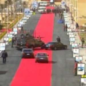 Red Carpet For President Sisi's Convoy Criticised In Egypt