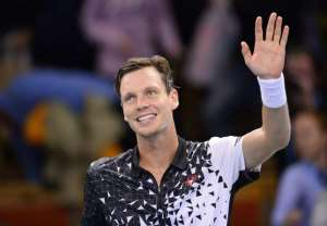 Tomas Berdych wins Stockholm Open to move closer to World Tour Finals