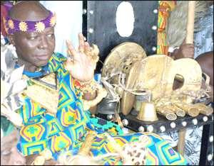 Otumfuo Osei Tutu II with the Golden Stool