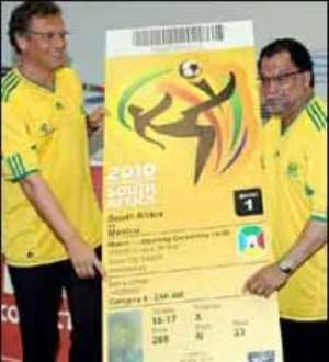 Fifa urges SA fans to buy tickets