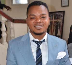 American Gospel singer Deitrick Haddon goes hard on Bishop Obinim