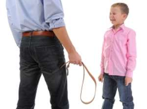 10 Reasons Spanking Your Kids is a Bad Idea