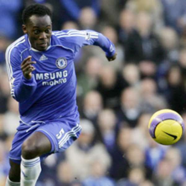 Michael Essien scored a beauty of a goal against Arsenal to secure a 1-1 draw at Stamford Bridge