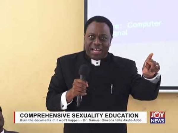 Dr Samuel Onwona