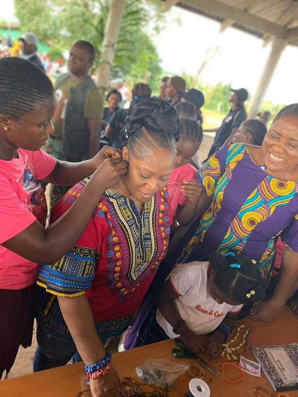 Changing Minds, Changing Attitudes — VP Howard-Taylor Inspires Girls On IDGC