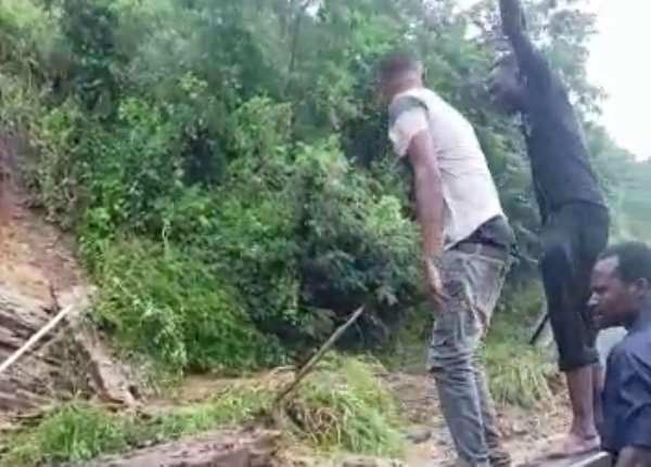 Police Divert Traffic Over Landslide On Aburi Road