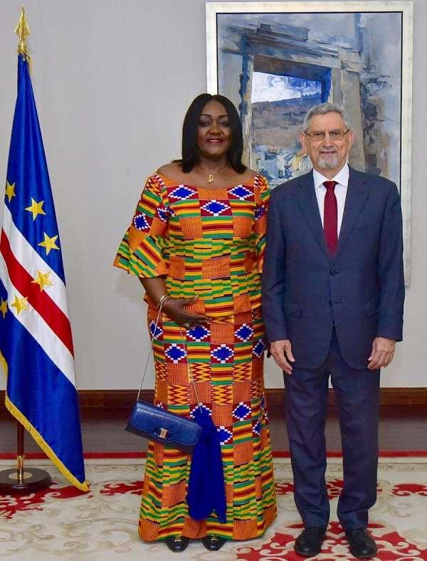 Ambassador Mrs Gloria Poku, President Jorge Carlos Fonseca of Cape Verde at the Presidential Palace in Praia