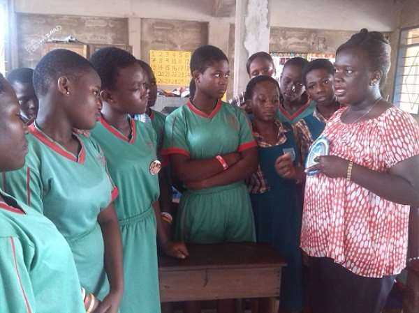 A group of adolescents going through a family planning method