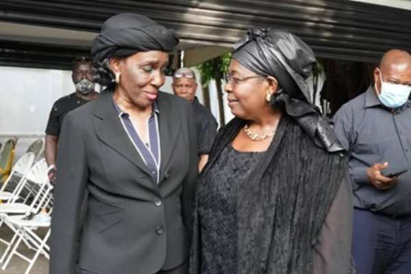 In less than 7 days  Nana Konadu Agyeman Rawlings continue to mourn her husband and politicking ahead of December 7
