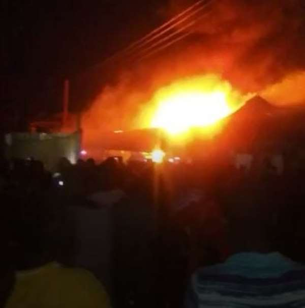 A/R: Fire Destroys Two Warehouses At Kaase