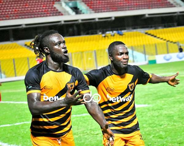 Hans Kwofie celebrating after scoring against Hearts of Oak on Tuesday night