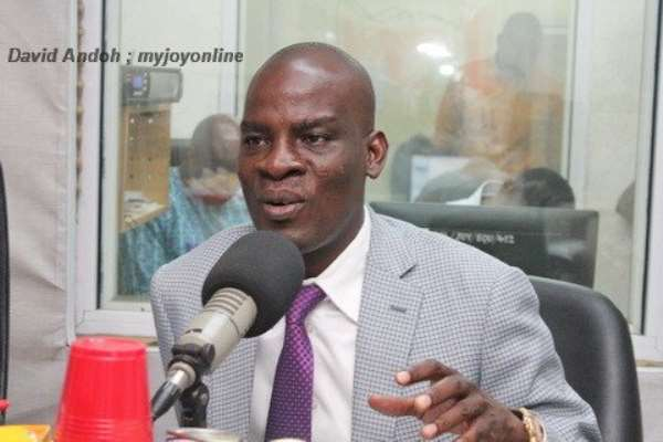 Minority Leader, Haruna Idrisu, has accused the EC Chairperson, Mrs. Jean Mensah, ofrefusing to work with reports that were left behind by the former Chairman, Dr Kwadwo Afari Gyan.