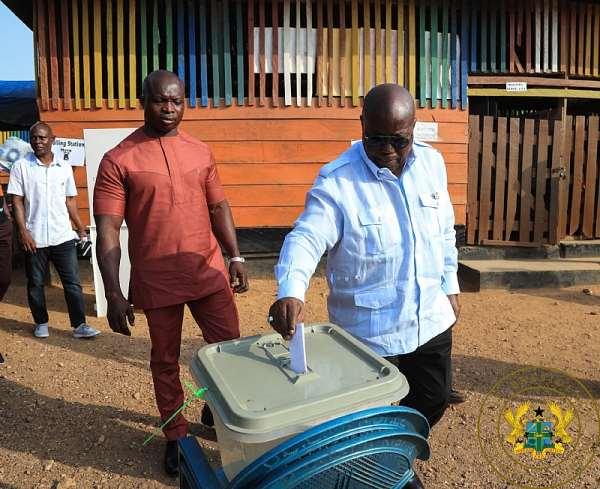 District Elections: Akufo-Addo Votes [Photos]