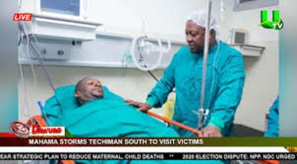 JM visits injured from shooting at Techiman. Credit: UTV