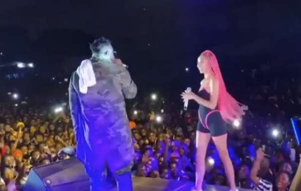 Medikal anad Sister Derby at the 'Welcome to Sowutuom' concert