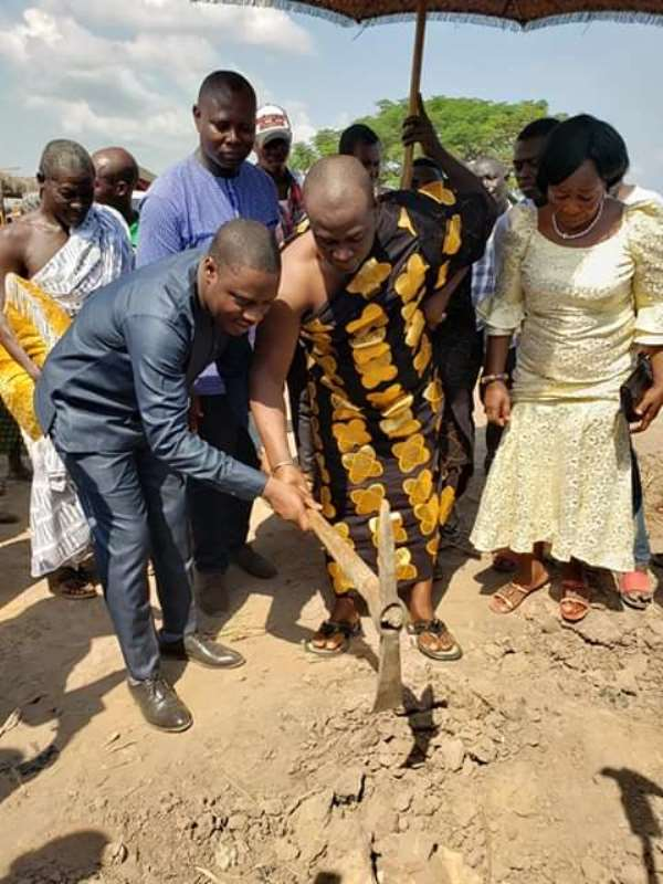 Kwahu East DCE Cuts Sod For Construction Of Market Pavilion At Kotoso