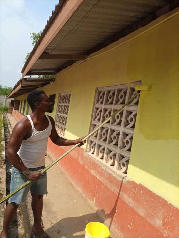 Headmaster renovates school from his own pocket